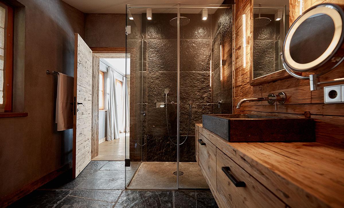 Hochwertige Badsanierung aus Übersee am Chiemsee  Plank Exklusiv